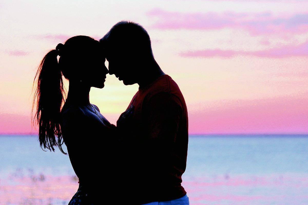 ألبوم صور عشق رومانسية مجلة البرونزية