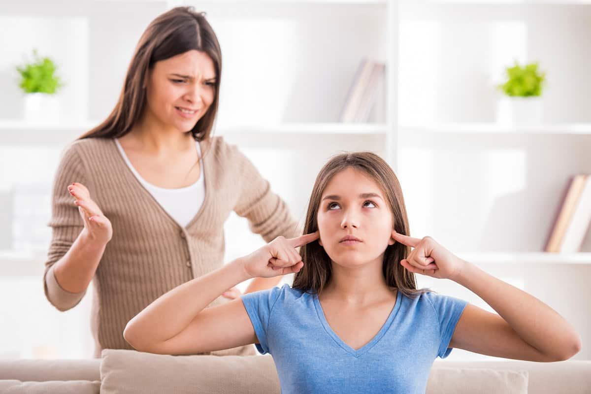موضوع عن عقوق الوالدين مختصر مجلة البرونزية