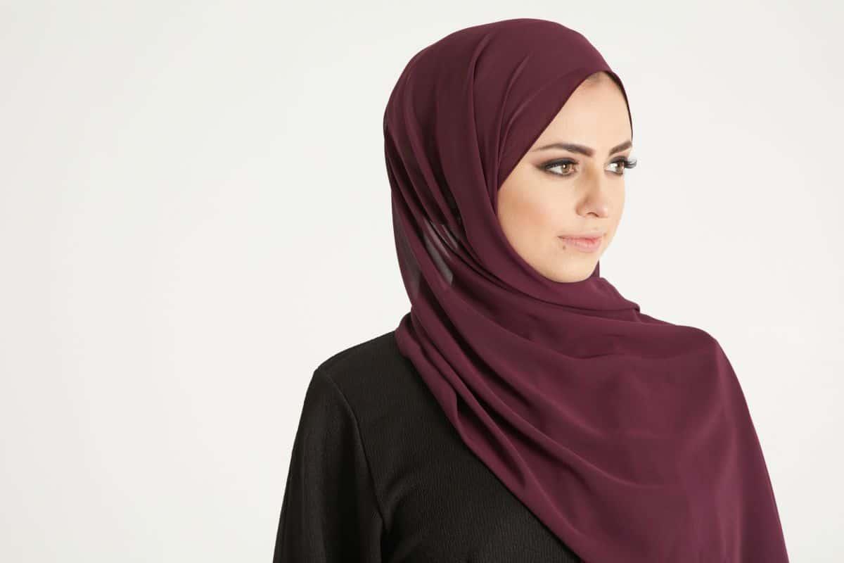 حديث الرسول عن الحجاب مجلة البرونزية