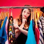 تفسير حلم شراء ملابس في المنام